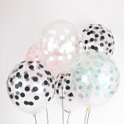 Õhupallid confetti prindiga.